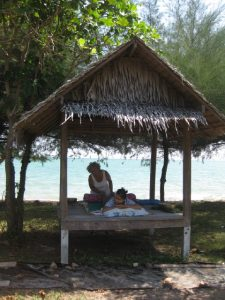 Fantasiereise mit Klangschalen Strand Klangmassage