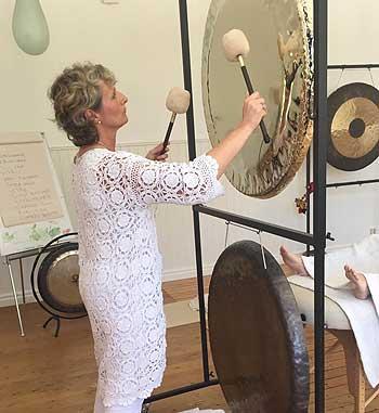 Sound Massage Sweden Iris gong