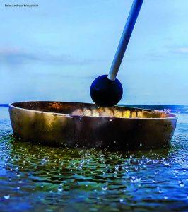 Klangschalen Bewusstsein Wasser