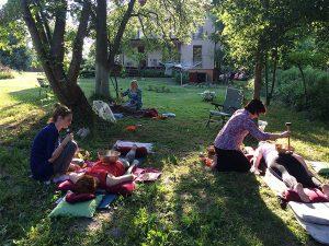 Polsce metody masażu i terapii