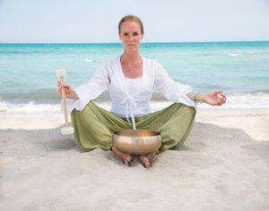 Yoga mit Klangschalen Übungen